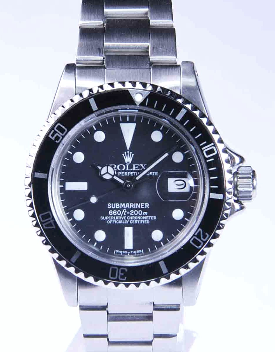 Vintage Rolex Submariner with Date Ref No: 1680 Acrylic crystal